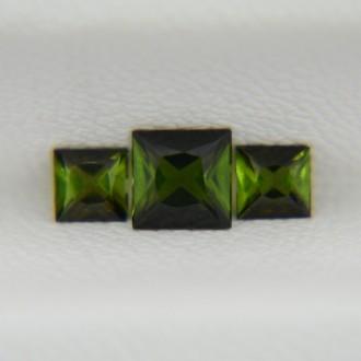 Комплект турмалинов верделитов - квадраты 3х3 мм + 4х4 мм, 0,65 карата ($32,00)