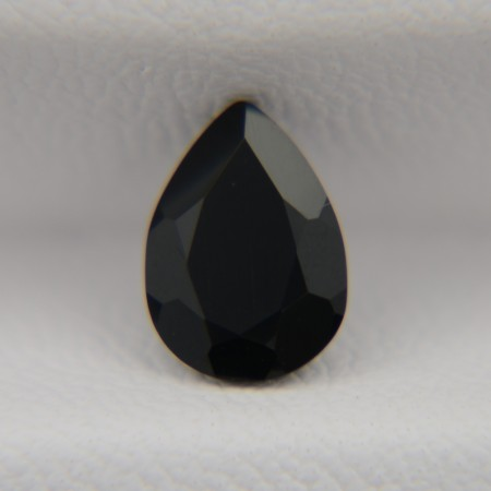 Оникс груша 8х6 мм, 0,96 карата ($2,00)