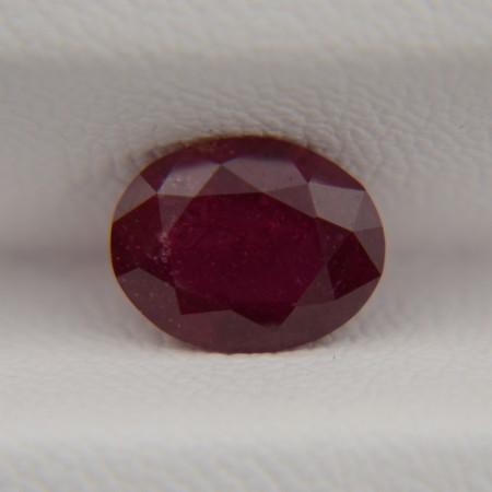 Рубин овал 8,5х6,5 мм, 1,60 карата ($64,00)