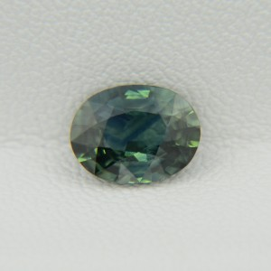 Натуральный сине-зеленый сапфир - овал 8.39х6.52 мм, 1.71 карата ($769.00)