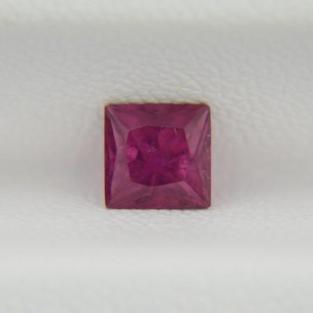 Турмалин рубеллит - квадрат 5х5 мм, 0,77 карата ($39,00)
