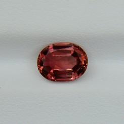 Оранжево-розовый турмалин - овал  8.6х6.6 мм, 1.70 карата ($136,00)