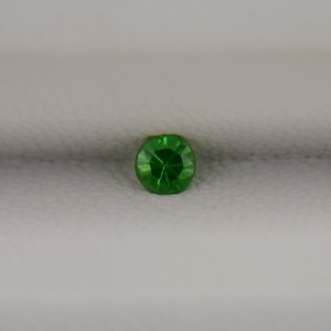 Цаворит круг 3 мм, 0,14 карата ($17,00)