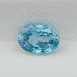 Натуральный голубой циркон - овал 10,4х7,5 мм, 4,18 карата ($376.00)