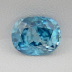 Натуральный голубой циркон - кушон 10.20х7.99 мм, 4,39 карата ($505.00)