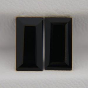 Пара ониксов - багеты 10х5 мм, 2,99 карата ($6,00)